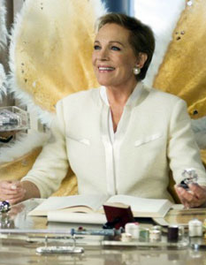 Julie Andrews as Lily - the head tooth fairy